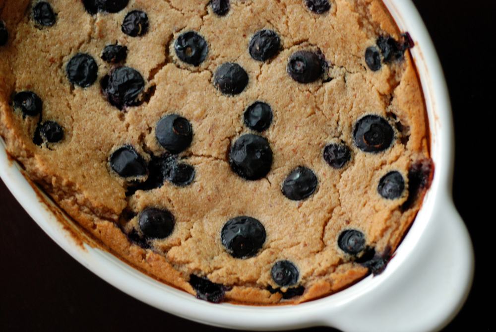 Baked Blueberry Oatmeal Breakfast Pudding | the taste space