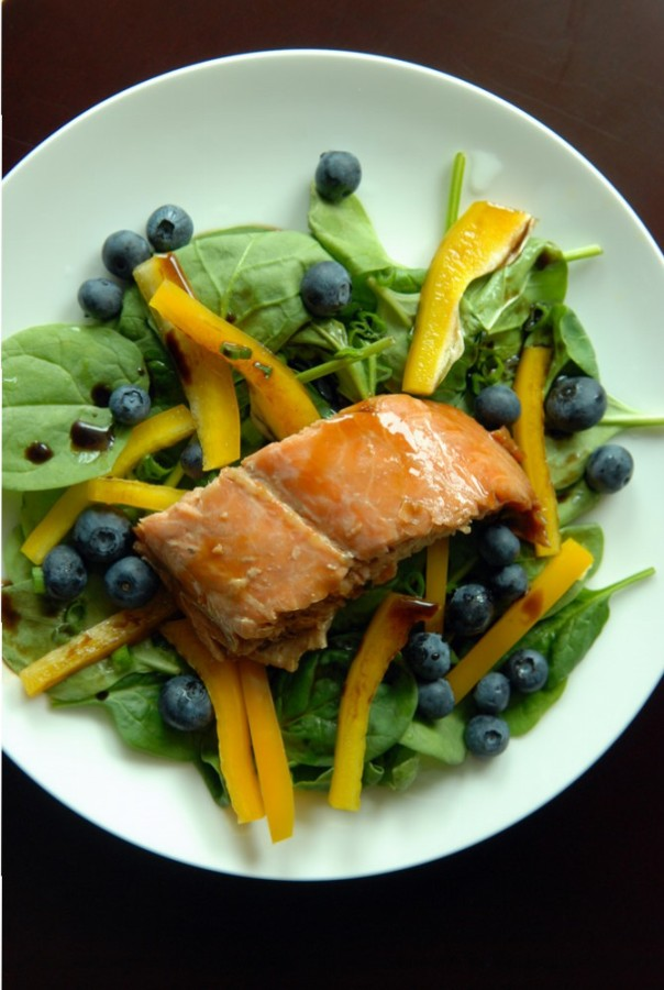 Blueberry Salmon Teriyaki Spinach Salad