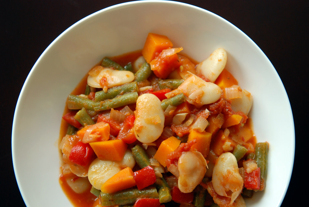 Spanish Green Bean and Lima Bean Stew | the taste space