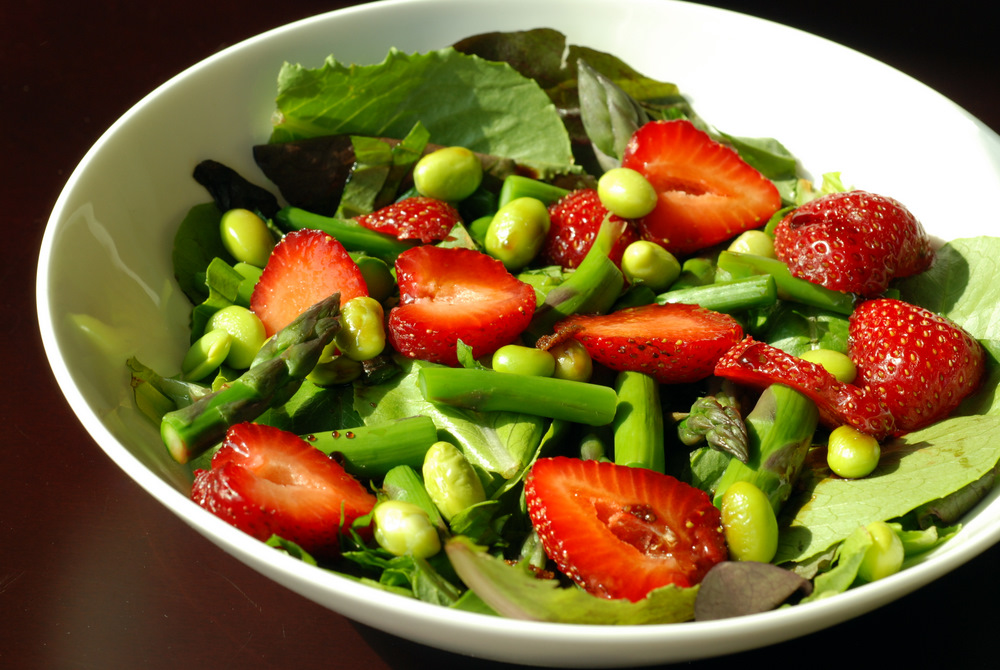 Asparagus, Strawberry and Basil Salad with Mosto Cotto | the taste ...