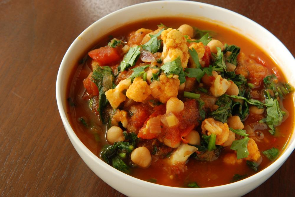 recipe: spinach and cauliflower bhaji [27]