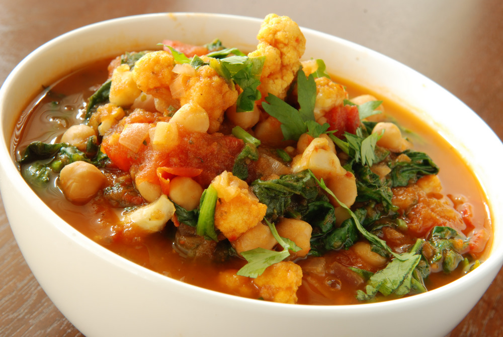 Cauliflower, Spinach and Chickpea Balti | the taste space