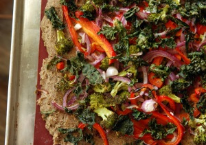 Quinoa and White Bean Kale Chip Pizza