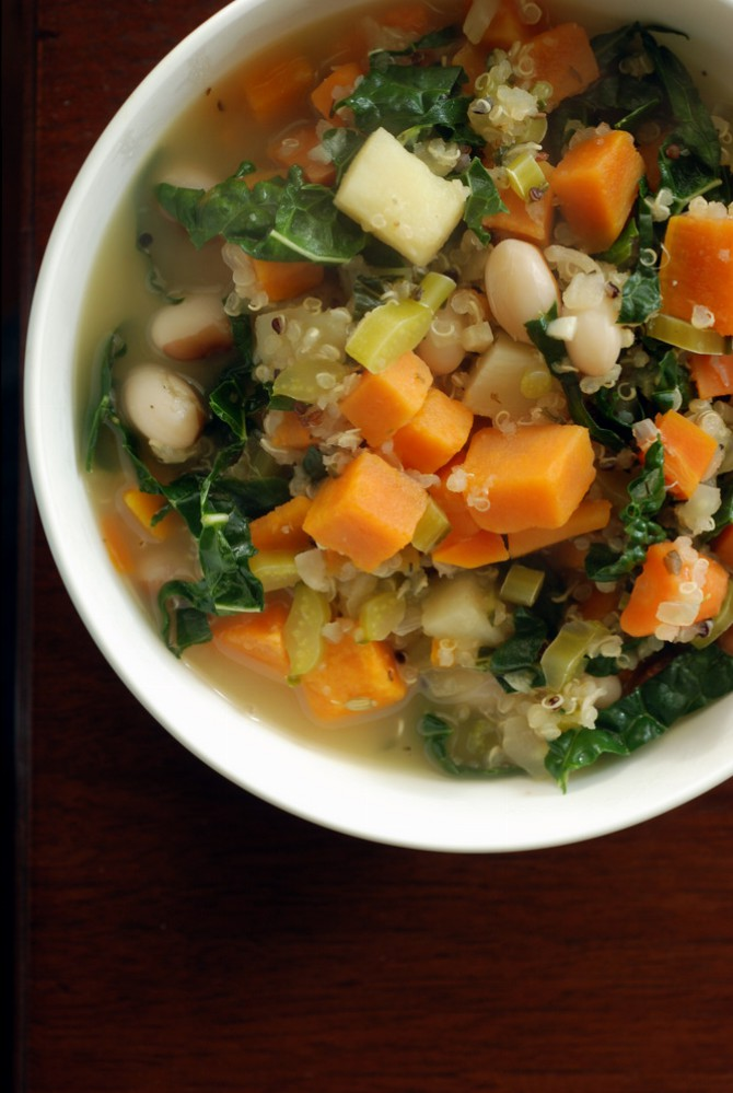 White Bean, Quinoa And Kale Stew with Fennel | the taste space