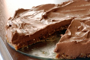 Almost Guiltless No-Bake Chocolate Mousse Pie