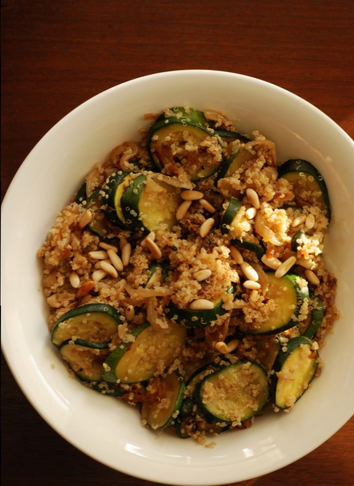 Quinoa with Caramelized Onions and Zucchini