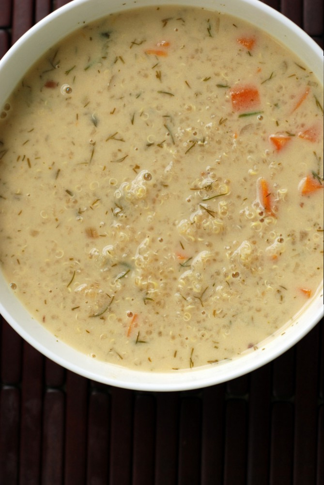 Greek Lemon and Quinoa Soup (Vegan Avgolemono)
