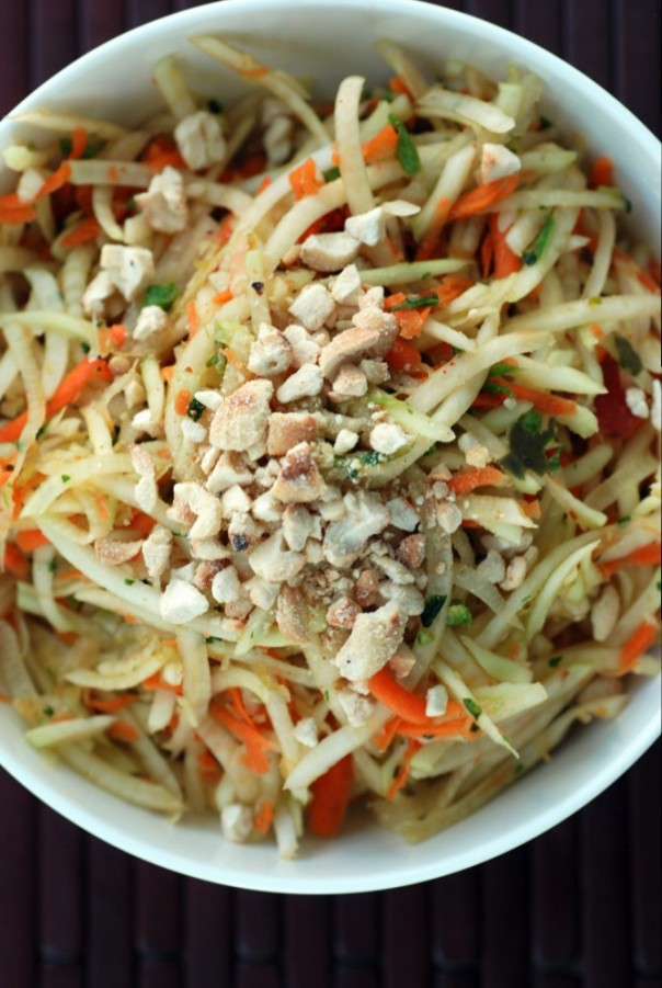 Thai Green Papaya Salad (Vegan Som Tam)