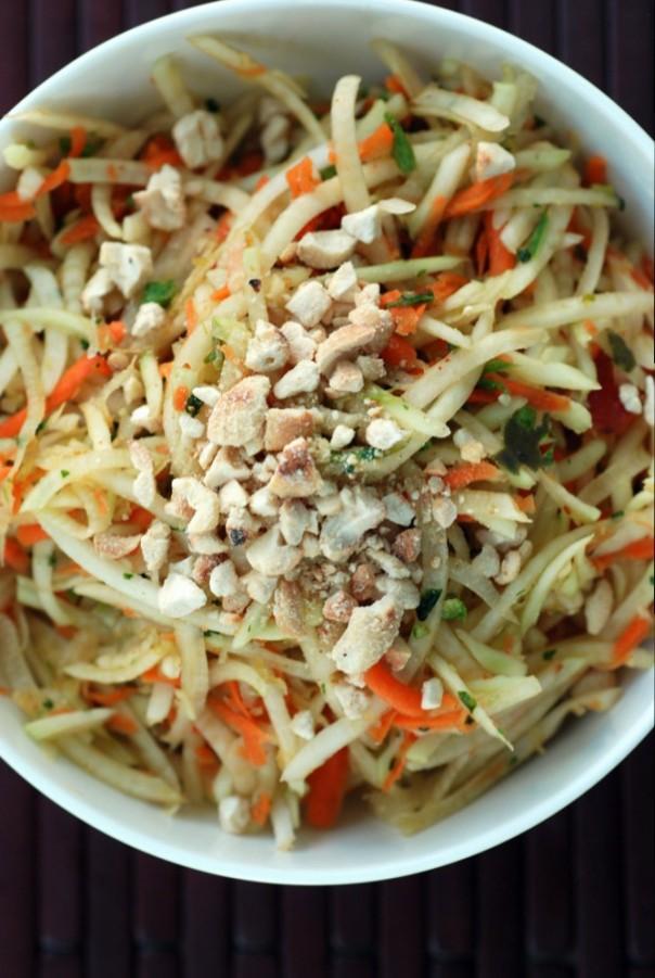 Thai Green Papaya Salad (Vegan Som Tam)