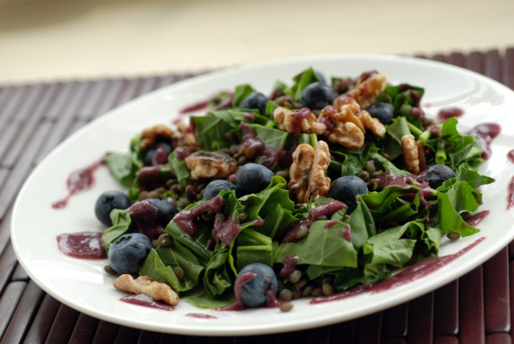 Blueberry, Lentil and Walnut Spinach Salad with a Blueberry Tarragon Dressing