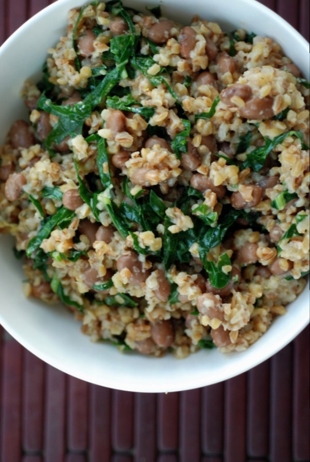 Smoky One Pot Beans and Bulgur with Kale