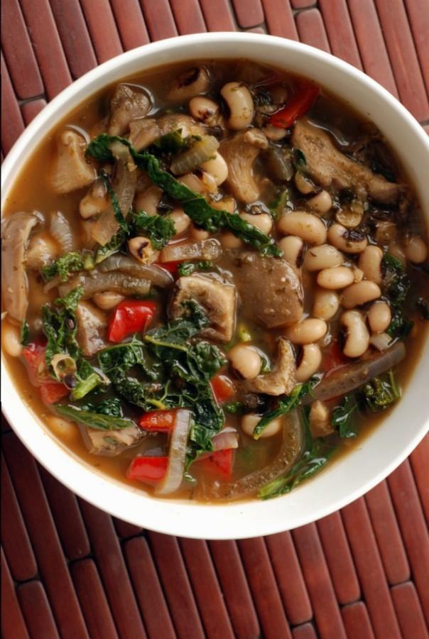 Smoky Black Eyed Pea and Kale Stew