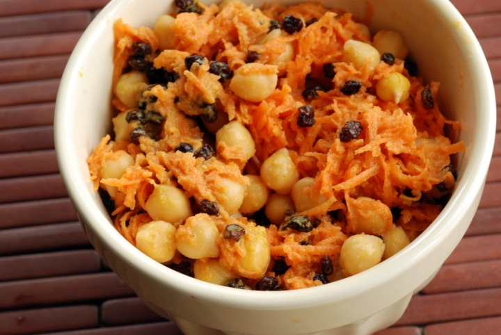 Curried Chickpea Salad with Currants and Carrots