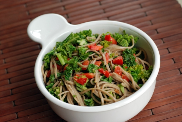 Sesame-Miso Soba Noodles with Kale & Red Pepper