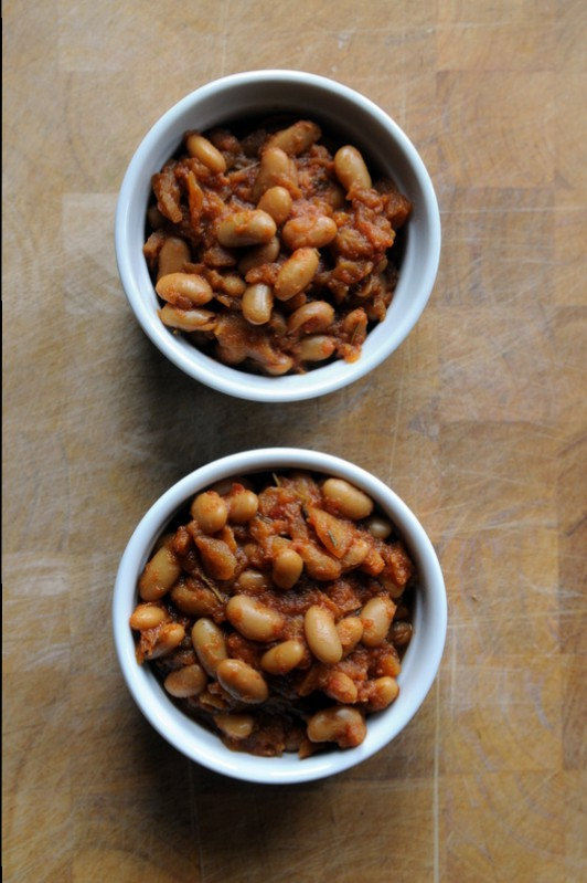 Stovetop Apple Baked Beans