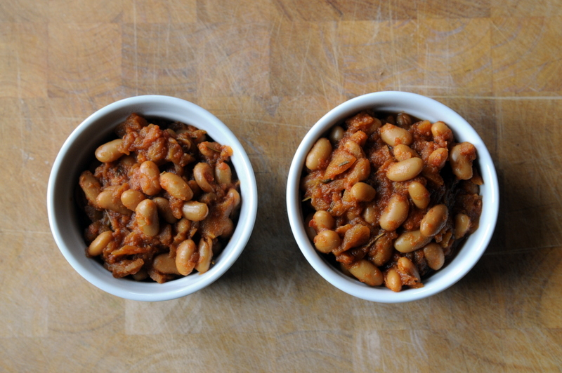 Stovetop Apple Baked Beans | the taste space