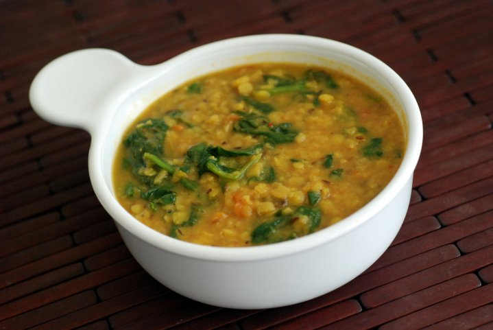 Toor Dal Curry with Spinach (Toor Palak Dal)