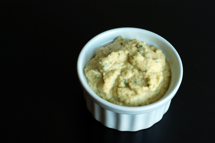 Cucumber Hummus Dip (Hummus-Tzatziki Fusion)