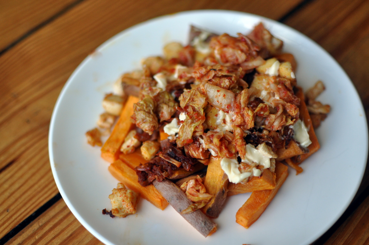 Jackfruit and Kimchi Sweet Potato Poutine with Tofu