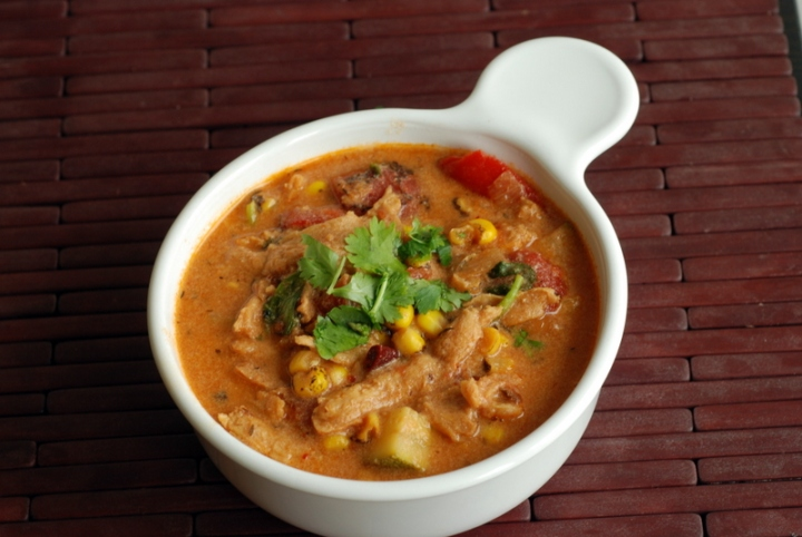 New Orleans Corn & Roasted Bell Pepper Soup (Vegan Maque Choux)