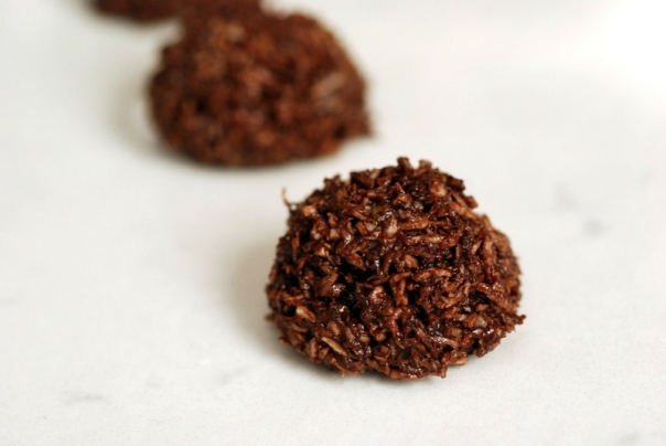 Chocolate Tahini Macaroons