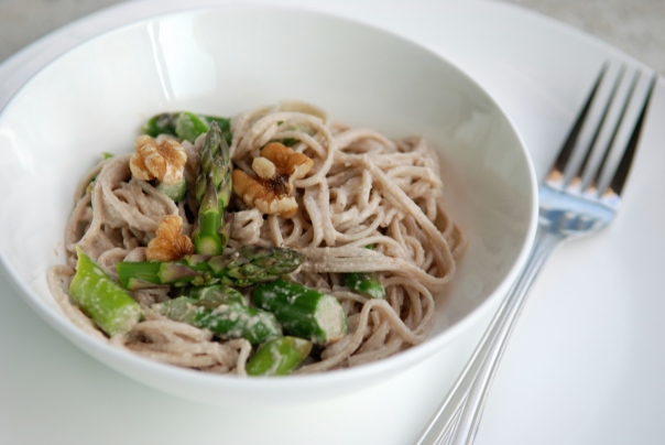 Walnut Miso Soba Noodles with Asparagus