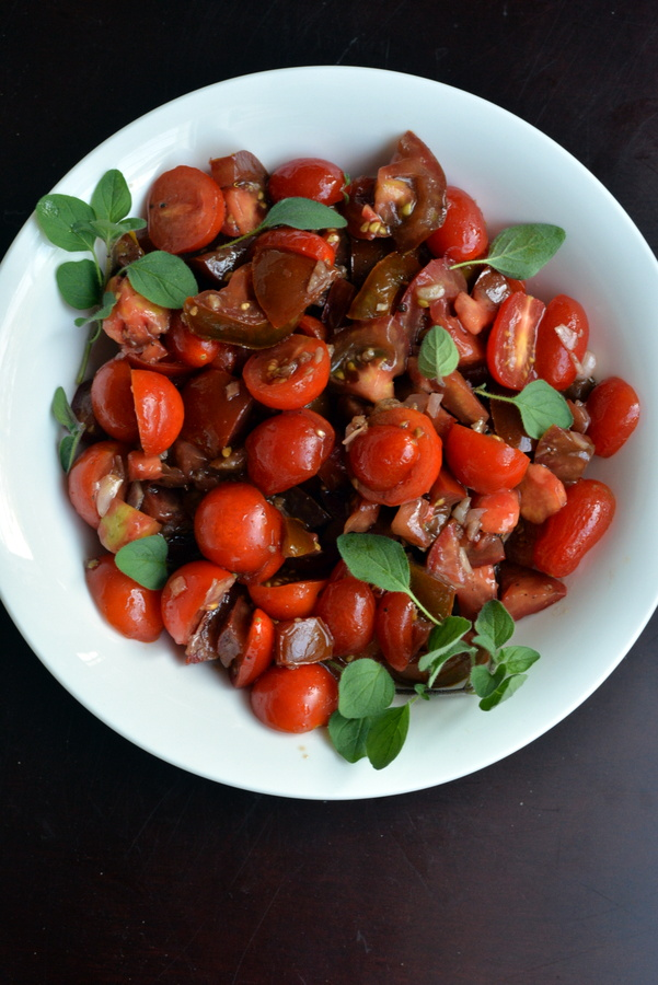 Tomato and Pomegranate Salad with Fresh Oregano