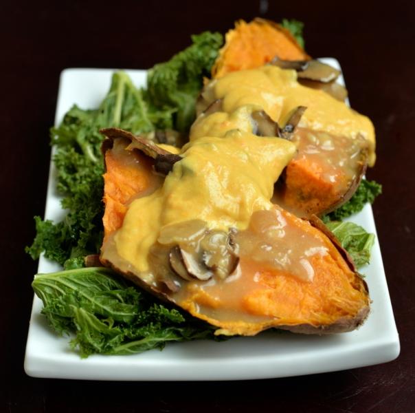 Fresh's Green Poutine-Style Sweet Potato + Super Fresh cookbook GIVEAWAY