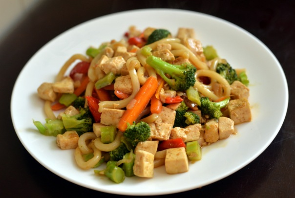 Ginger Stir Fry Sauce with udon noodles, broccoli, bell pepper, carrot and tofu