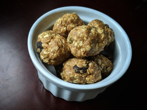 Quick and Easy Peanut Butter Granola Balls